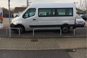 Opel Movano bok