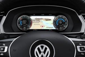 Volkswagen-Passat_Variant-2015-budíky
